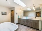 7333 Moon Valley Rd SE, North Bend 98045